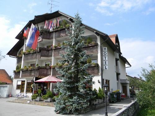 Hotel in restavracija Krona
