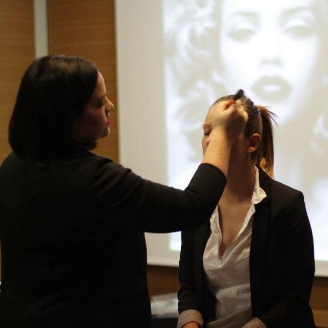 Ličenje in frizura, Ines Ule s.p.
