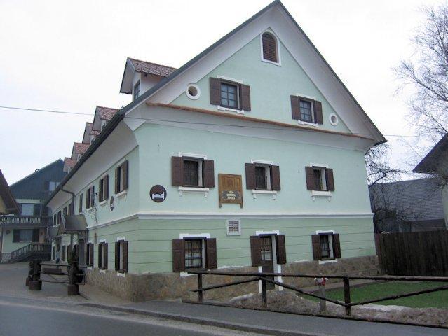 Garni hotel B&B Pr Sknet, Boštjan Molj s.p.