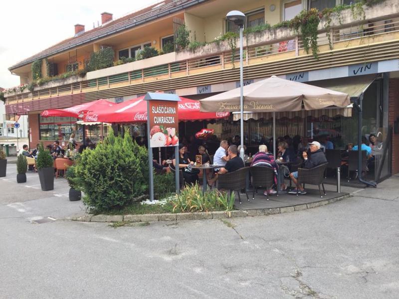 Slaščičarna in kavarna Vienna, Amet Aziri s.p.
