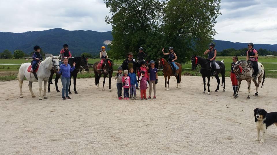 Počitniški tabor s konji za otroke 2018