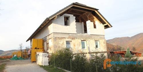 Obnova - gradbeništvo, Simona Debetić s.p.