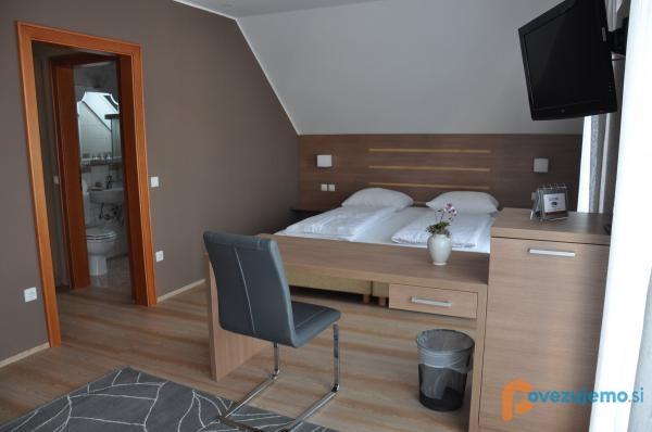 Gostilna in motel Pri Lešniku