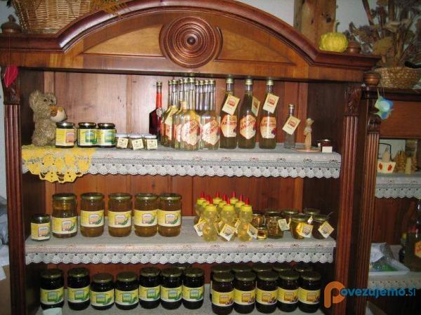 Čebelarstvo & Kmetija Šalamun