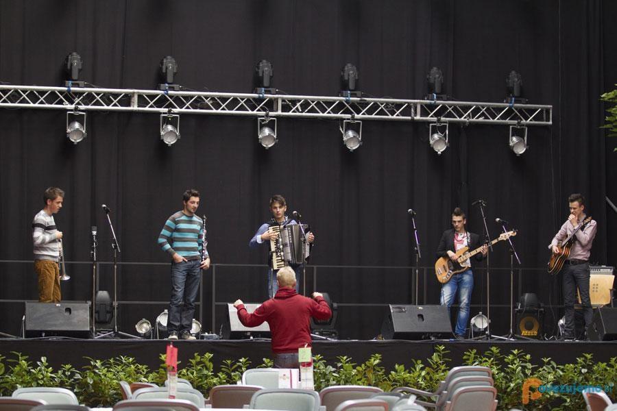 Narodnozabavni ansambel Mladi Korenjaki