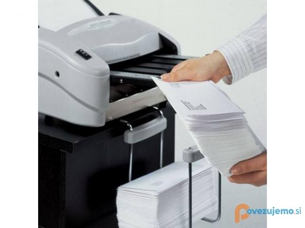 Ropos.si, prodaja računalniške, pisarniške opreme in šivalnih strojev