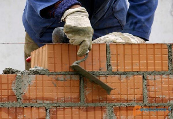 Veni 1 d.o.o., čistilni servis, gradbeništvo in skladiščenje