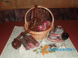 Kmetija Žunar, predelava in prodaja mesa, d.o.o.