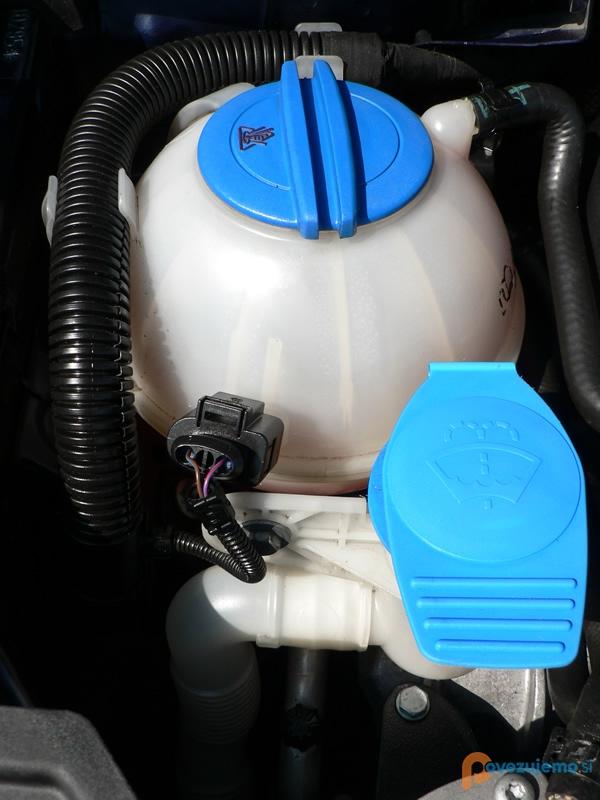 Čistilni servis PriTi - Motorni prostor po čiščenju