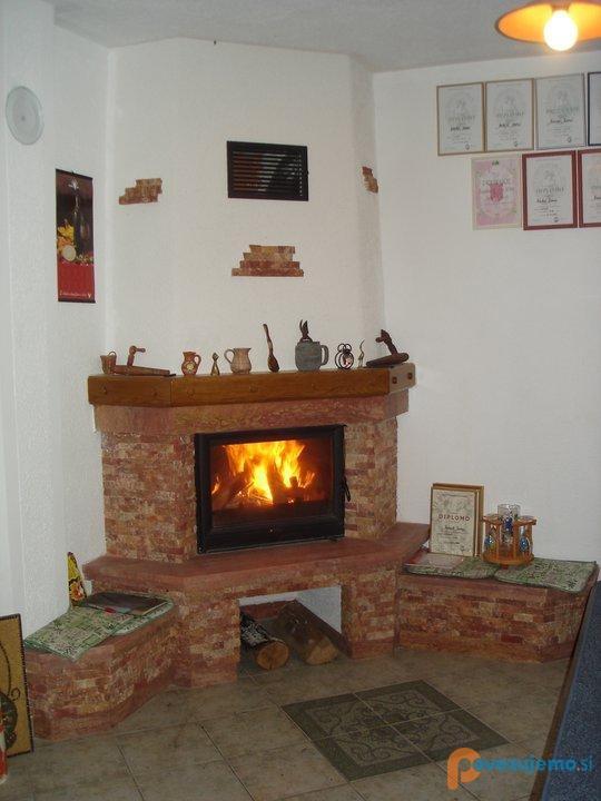 Pečarstvo in kamnoseštvo Petaci - Toplozračni kamini