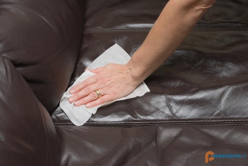 Čistilni servis PriTi - Globinsko čiščenje sedežnih garnitur
